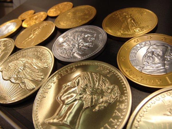 Как и чем почистить монеты в домашних условиях