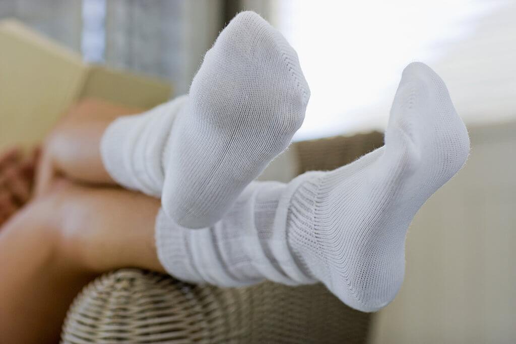 Как вернуть белизну носкам