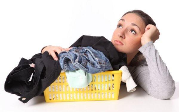 Как убрать воск с одежды в домашних условиях