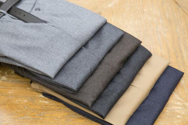 Как убрать след от утюга на одежде, черной ткани, брюках