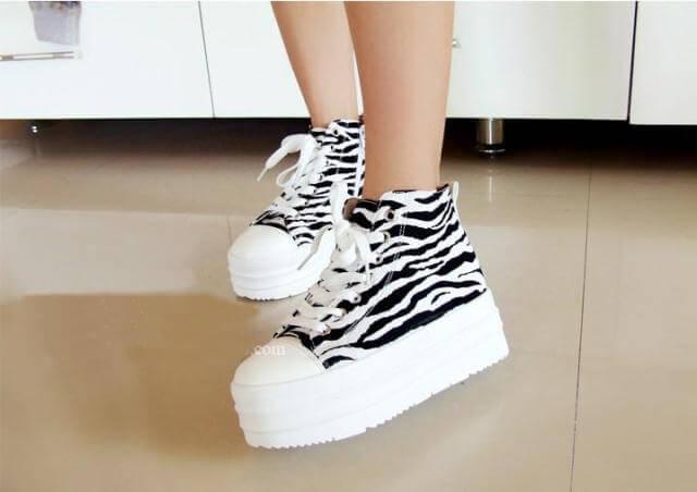 6 способов очистить белую подошву обуви