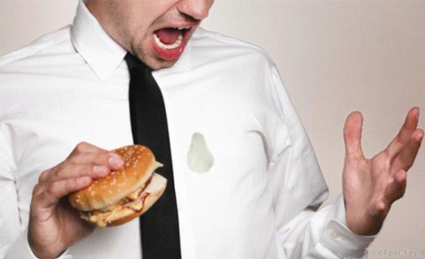 Удалить жирные пятна с платья