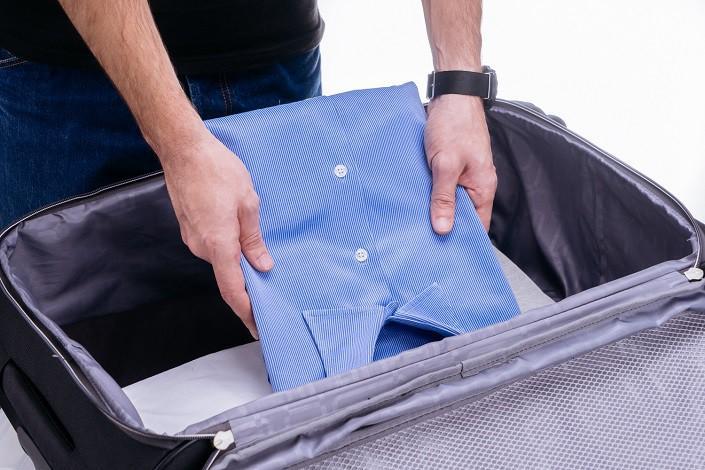 Как сложить вещи в сумку или чемодан, чтобы не помять