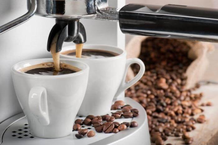 Чистим кофемашины и кофеварки от накипи