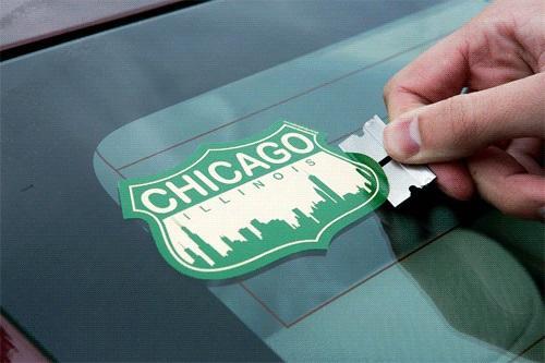 Как убрать наклейку и клей от нее с любой поверхности