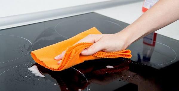 Правила чистки стеклокерамической плиты
