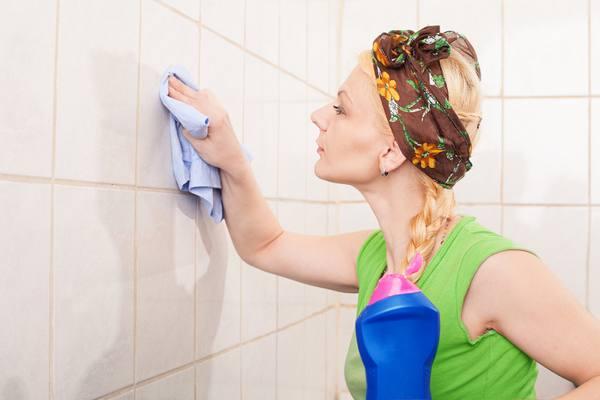 Как почистить швы между кафельными плитками