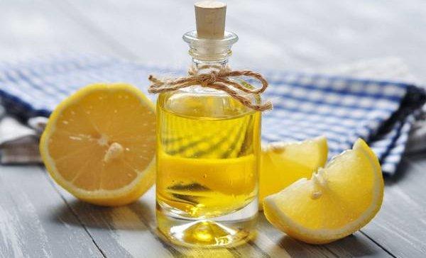 Как избавиться от запаха солярки на одежде