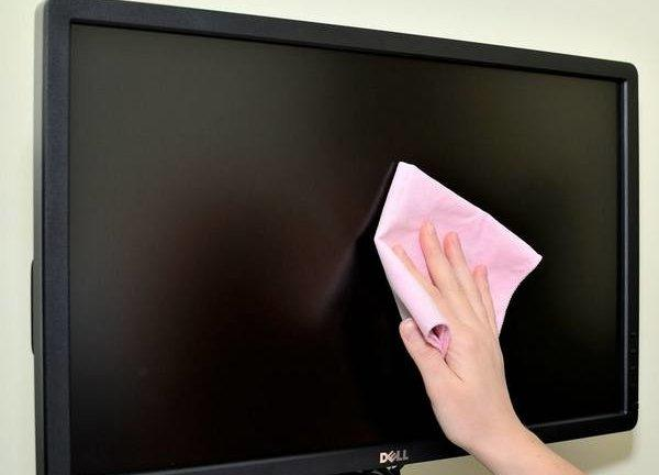 Как убрать царапины с экрана телевизора