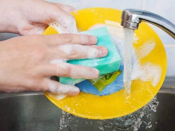 Для мытья посуды тоже есть правила