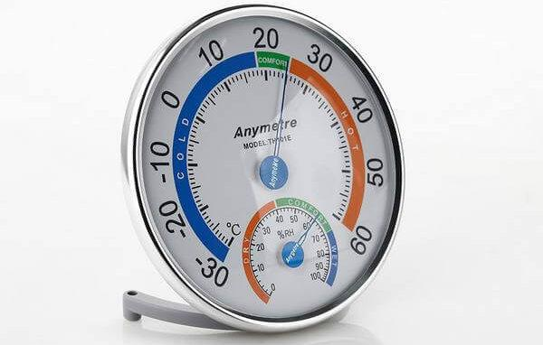 Как проверить влажность воздуха в квартире: способы