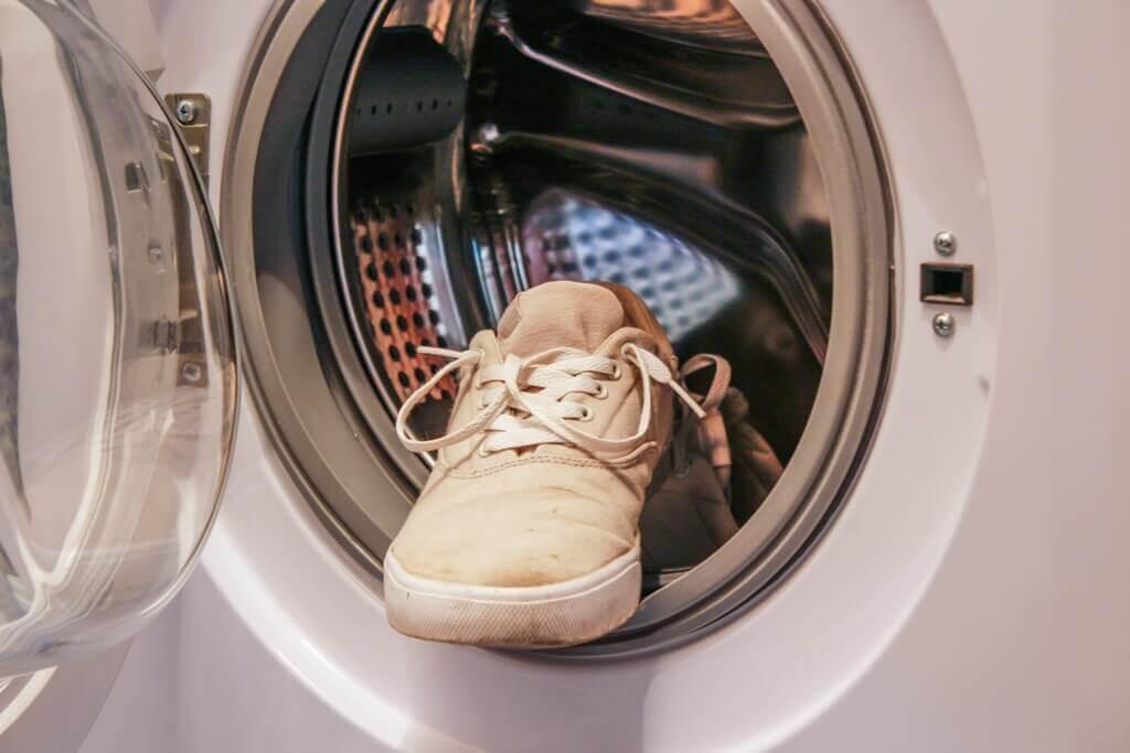 Какую обувь можно стирать с стиральной машине