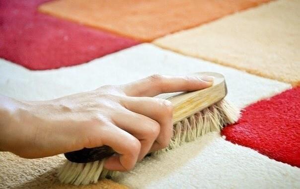 Как и чем почистить ковры из различных материалов