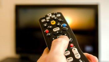 Как почистить пульт телевизора от пыли и грязи