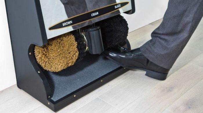 Для чего нужна машинка для чистки обуви