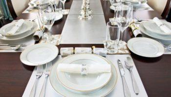 Как правильно сервировать стол для праздничной атмосферы