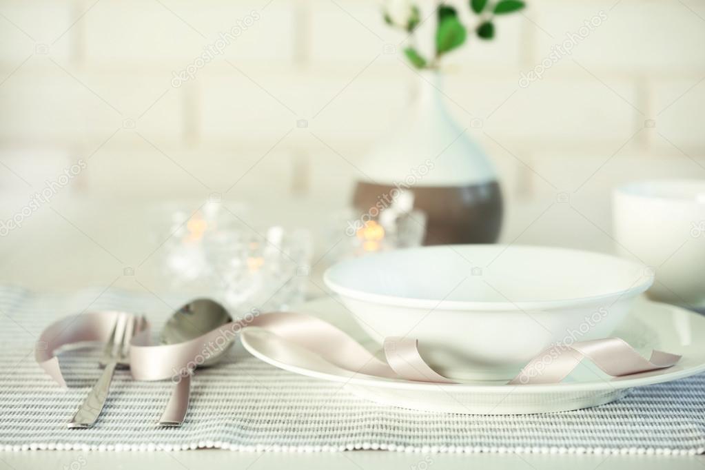 Как красиво сервировать стол в домашних условиях