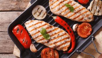Как выбрать качественную сковороду гриль