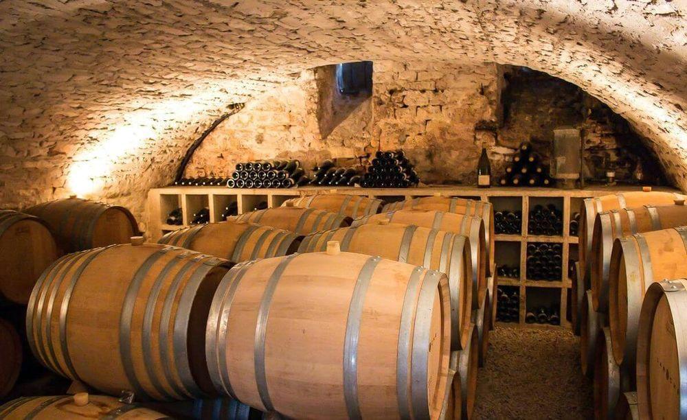 Сколько хранится виноградное вино